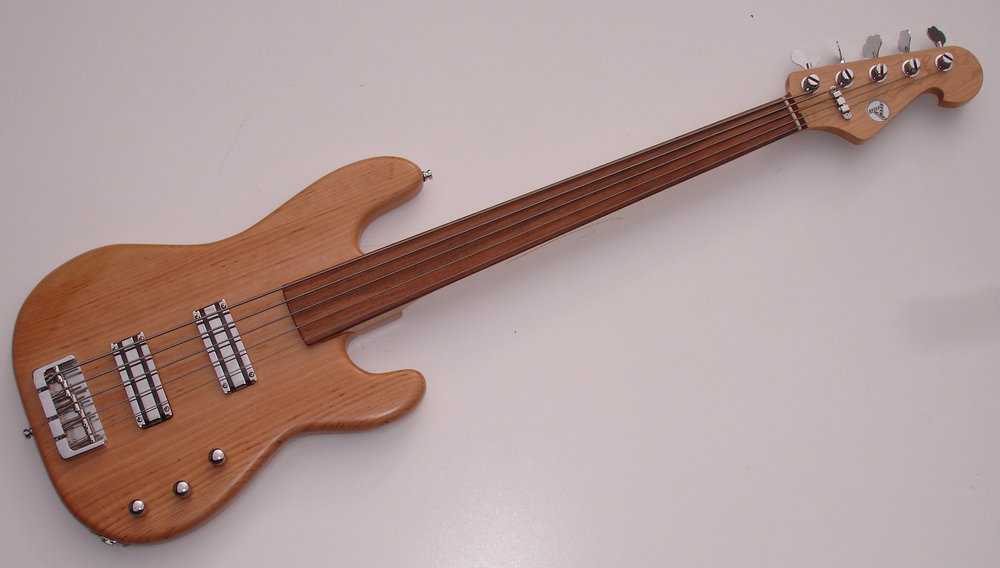 lace fretless five.jpg