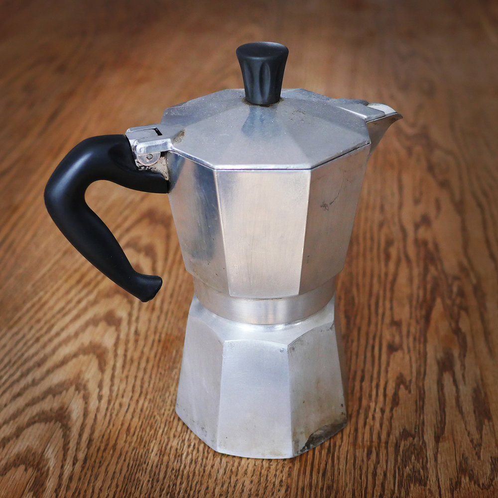 CAFETIÈRE ITALIENNE  10$/location