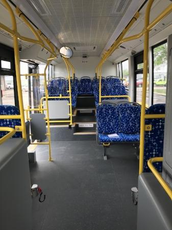 bus1.jpg