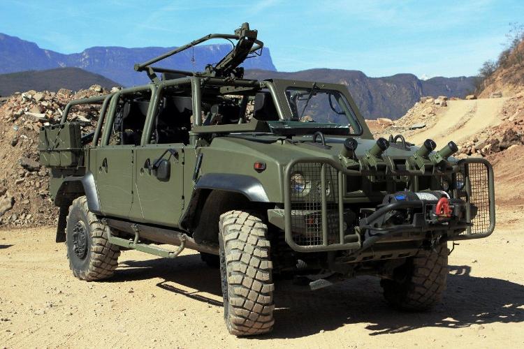 Light Multirole Military Vehicle-Davanti SX Montagne-l.jpg