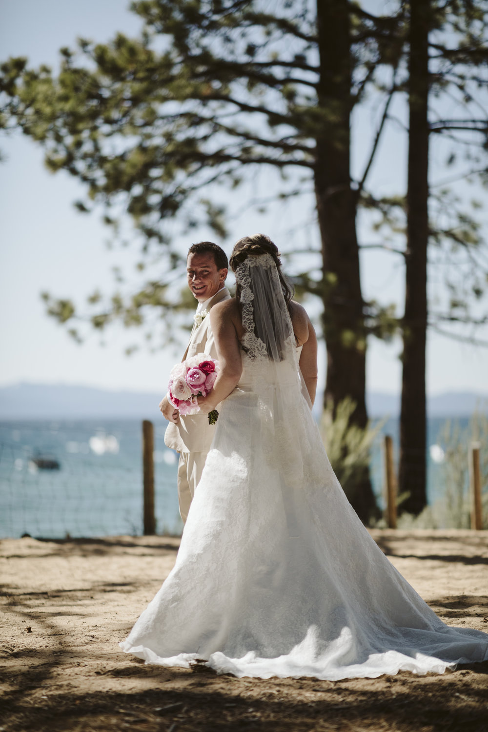 _P8A2218vildphotography-adventurewedding-tahoe-laketahoewedding-laketahoeweddingphotographer-tahoewedding-jamie-ed.jpg