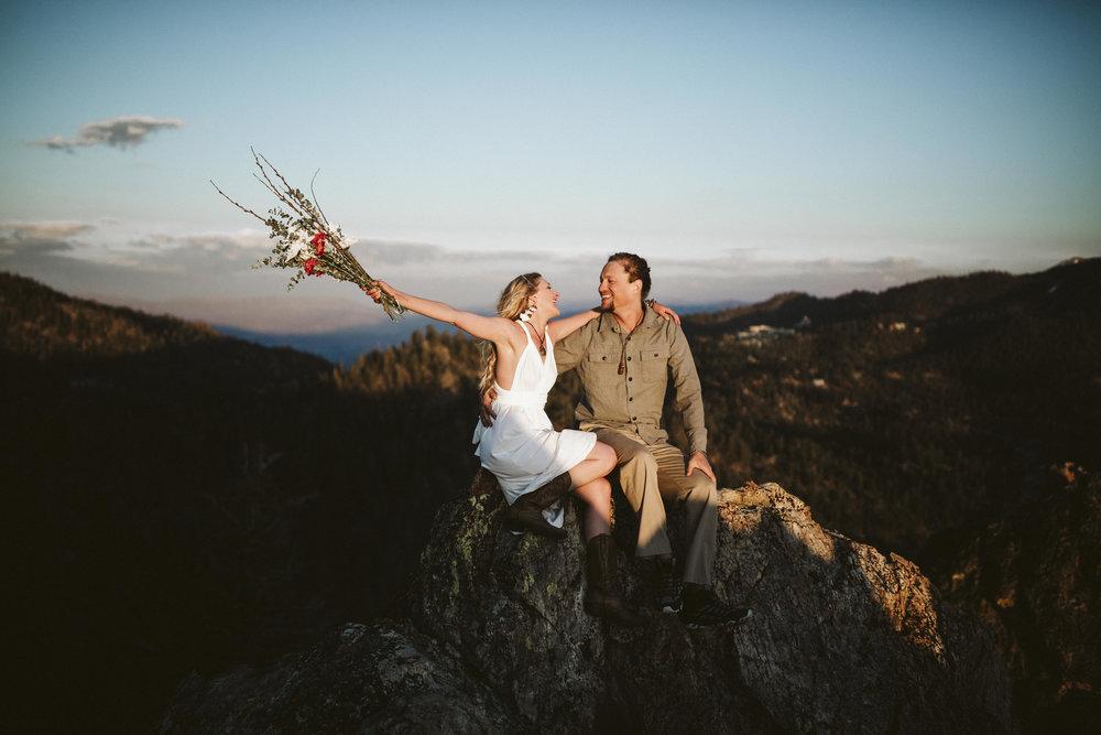 _P8A0868vildphotography-adventurewedding-adventurouswedding-laketahoe-laketahoewedding-weddingphotographer-laketahoeweddingphotographer-adventurouscouples-carl-tiffiny.jpg