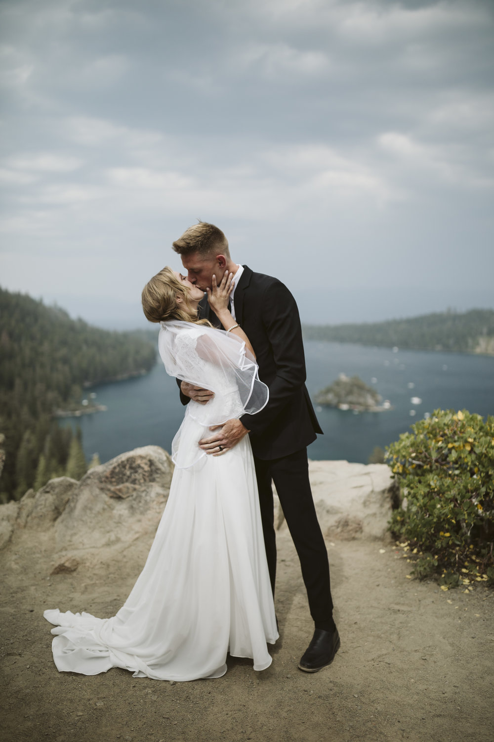 0M7A0759vildphotography-adventurewedding-adventurouswedding-tahoewedding-laketahoewedding-adventureelopement-laketahoeweddingphotographer-wedding-photographer-weddingphotographer-Chase-Sam.jpg