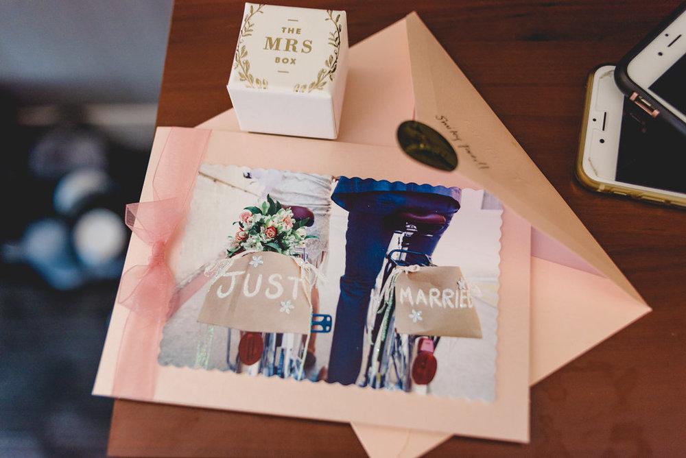 leano-wedding-getting-ready-26.jpg
