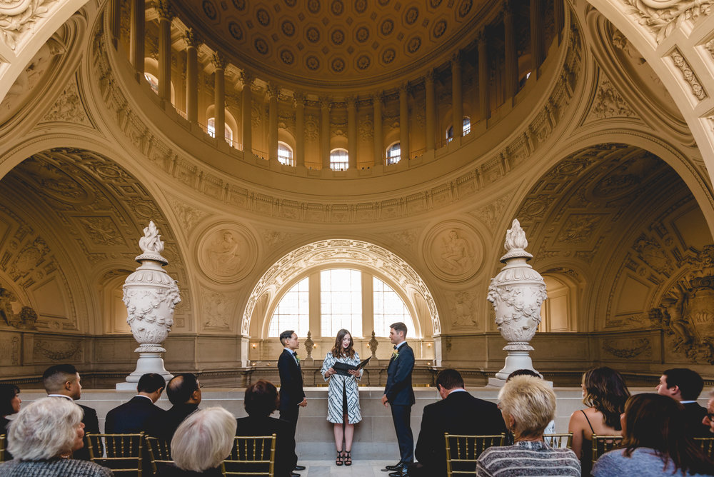 city-hall-balcony-san-francisco-wedding-1.jpg
