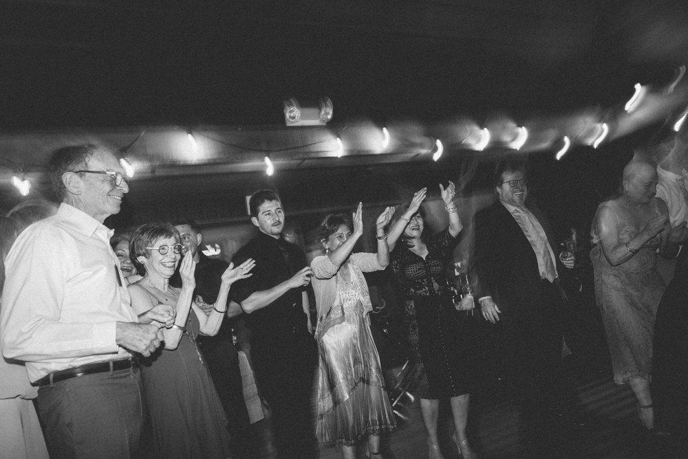 hora_wedding