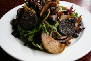 Black Pudding Salad with Caramelised Apples, Mushrooms & Onions