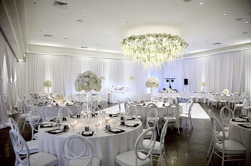 Photo By: @nikkimedina & @gyesss  Bride&Groom: Mr. & Mrs. Rodriguez  Venue: Venue by Three Petals