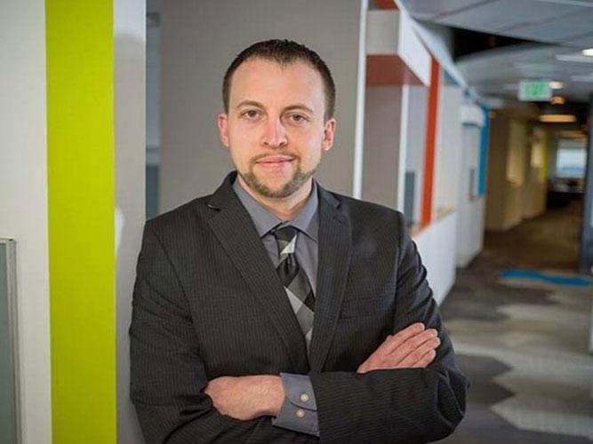Seth Stevens, Associate