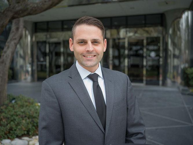Graham Baumann, Associate