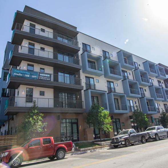 Indie Apartments - 1630 E 6th St, Austin, TX 78702