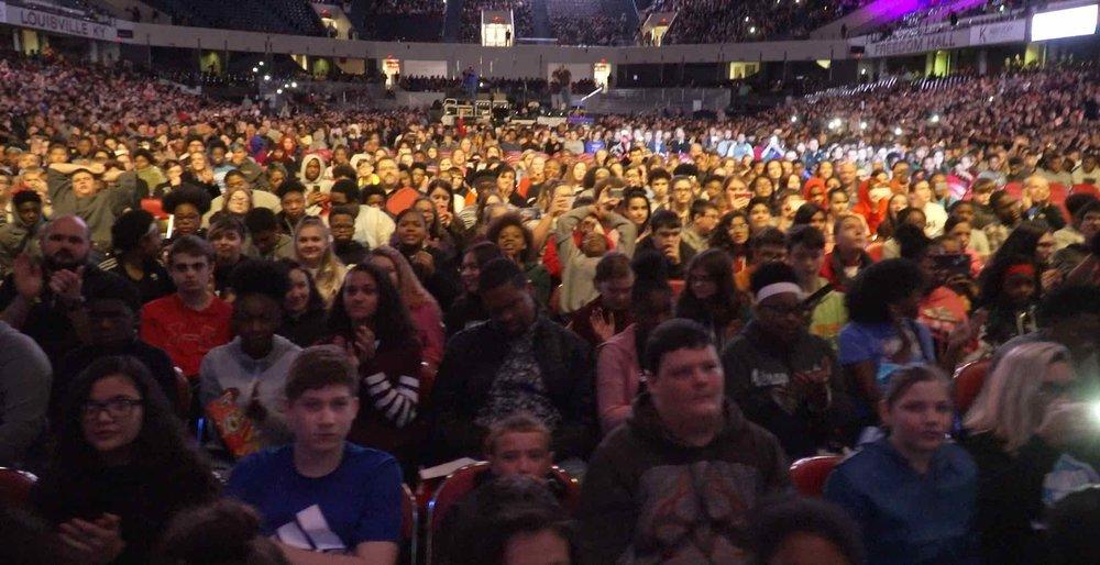 Crowd 14.jpeg