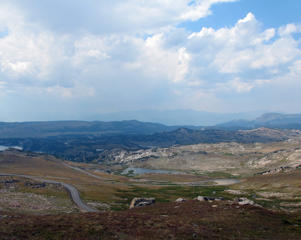 beartooth switchbacks.jpg