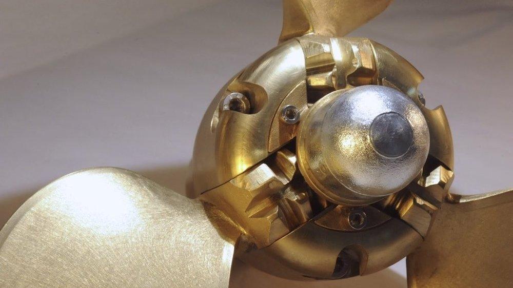 VF3AN-Varifold-anode-on-propeller-front-1024x575.jpg