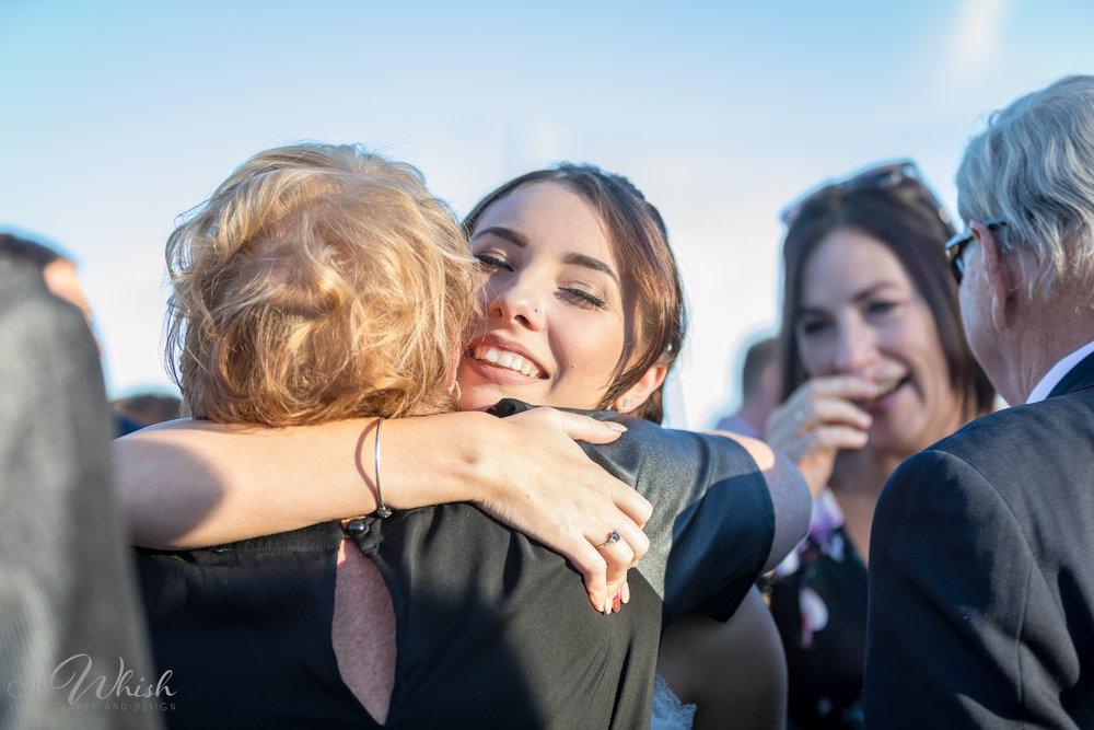 Hugs Kisses Family-FB-003.jpg
