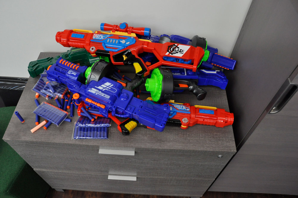 toy-guns.jpg