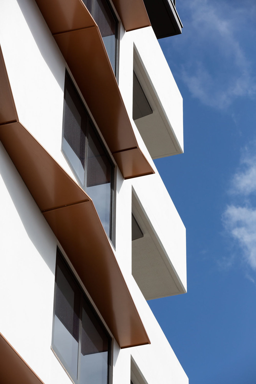 Escape North Kirra_Facade Detail