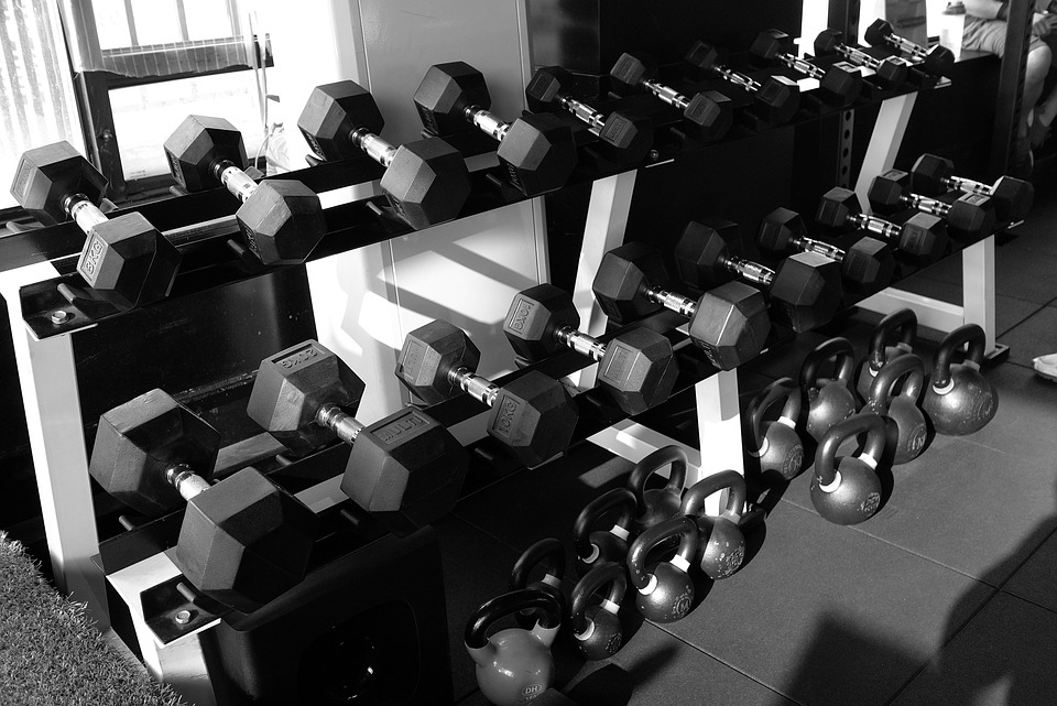 Cross-Fit-Fitness-Health-Gym-Dumbbell-Zimmer-1126999.jpg