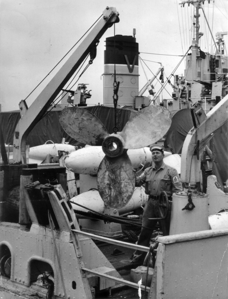 Screw change on one of the Vernon Squadrom minesweepers at HMS VERNON in the 1960s