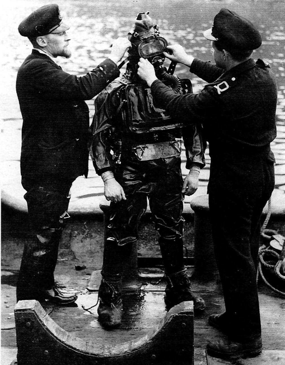 Charioteer frogman being prepared to dive