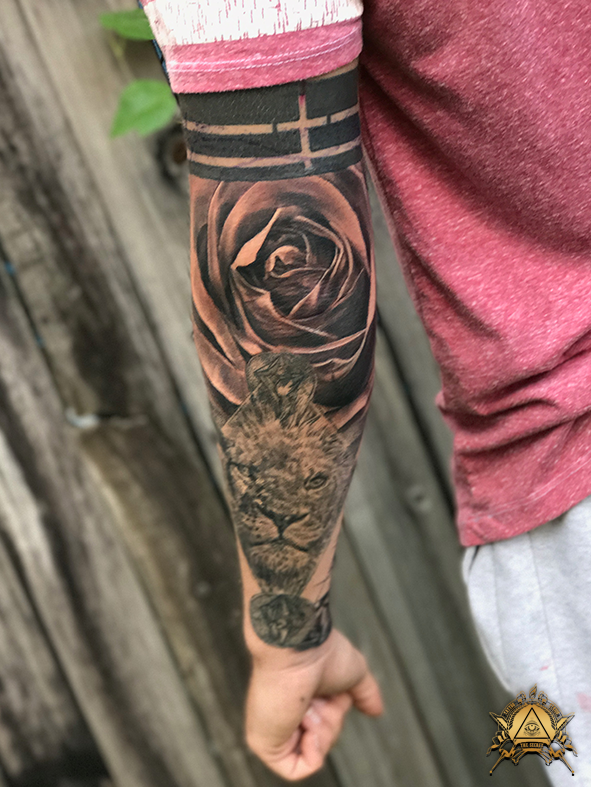 elbow-rose-by-camilo-pardo.png