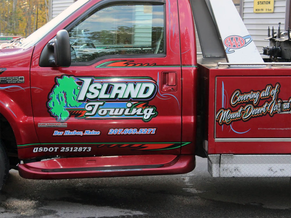 "For the second year in a row, Les and the gang from Island Towing have generously agreed to sponsor our ""Cafe After Dark."""