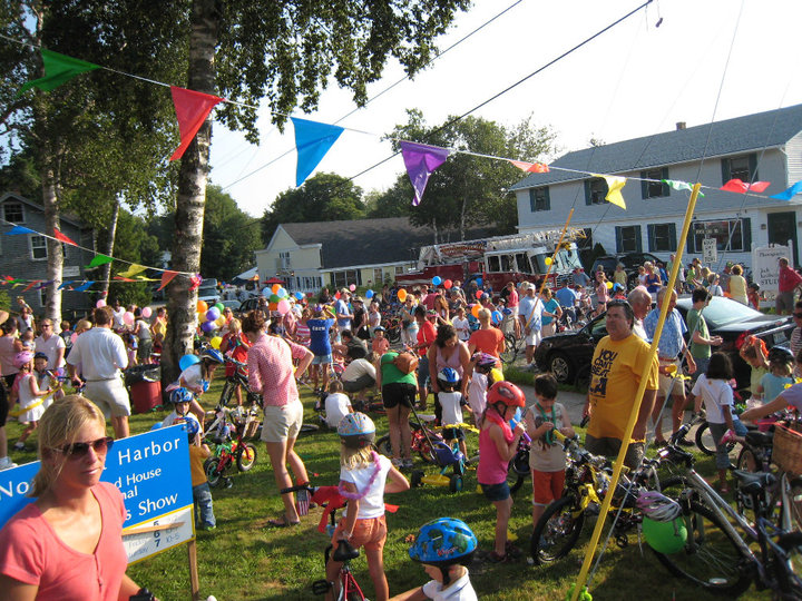The 2010 Bike Parade welcomed a large crowd of cycling and ice cream enthusiasts…