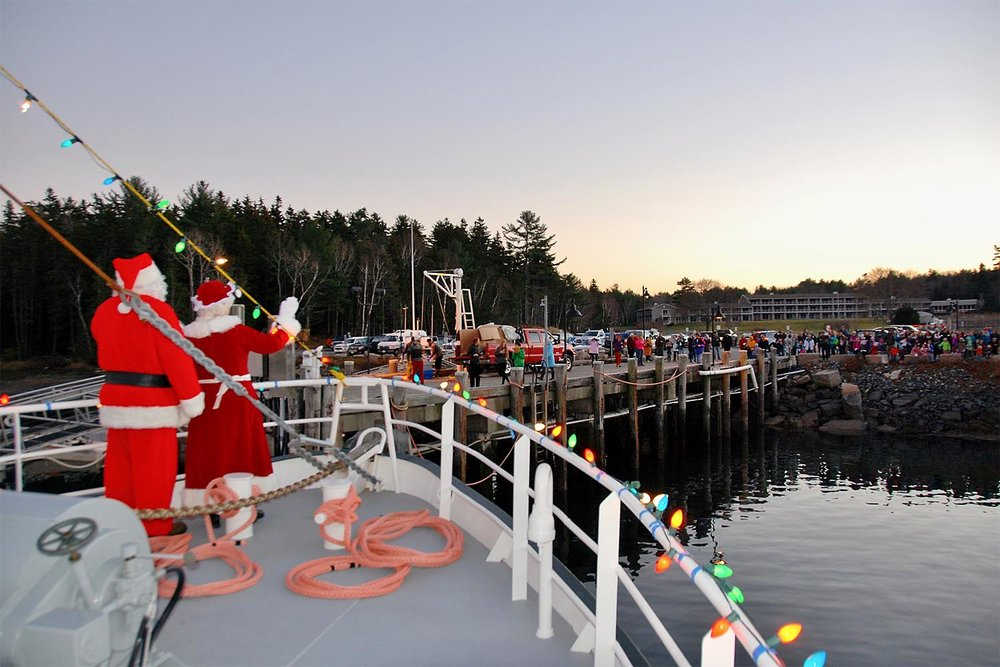 Santa and the Mrs. aren't the only one's who will enjoy a cruise on the Sunbeam this Christmas season…