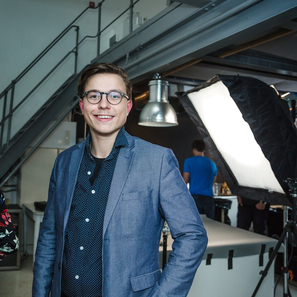 Filmfotograf - Få en filmfotograf inkl. utstyrspakke i en hel dag for 7.900 eks.mva.