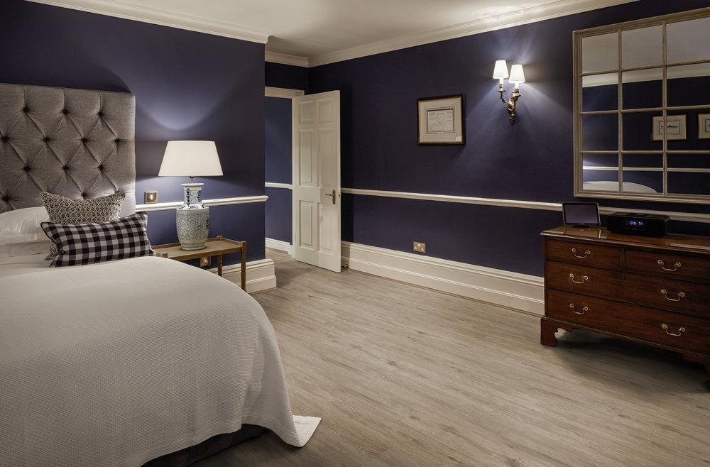 PLF4258-HW926-HW927-Fendi-13-Chewton-Glen-Hotel-Bedroom-4_PLF4258_A4_RGB.jpg