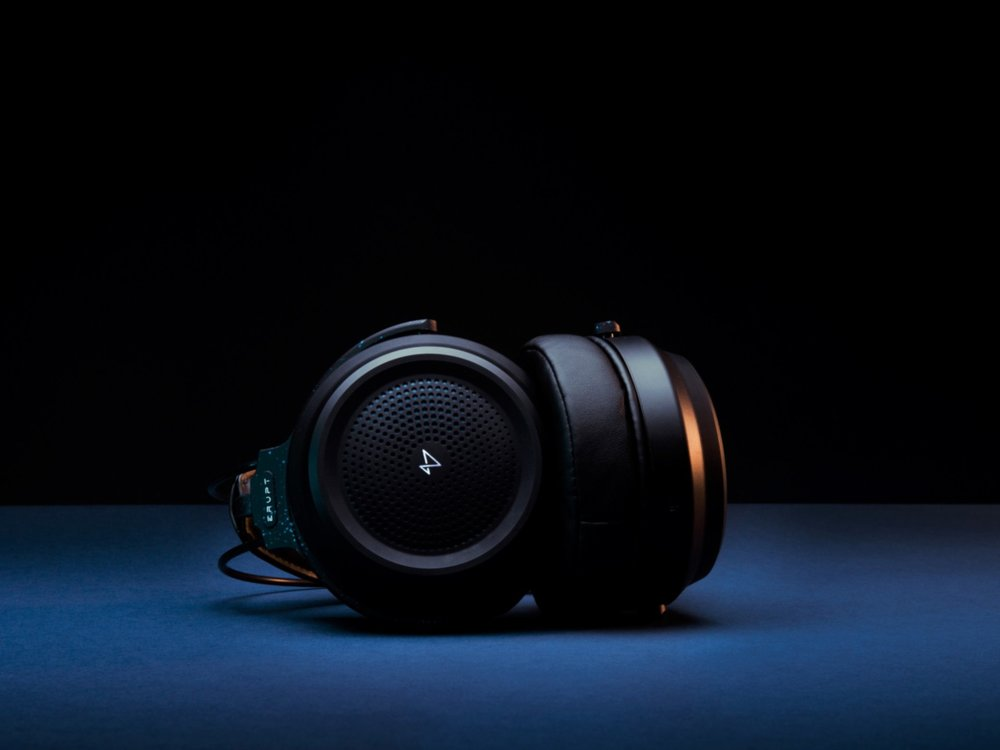 Vokyl Erupt - Headphones // 2017-18