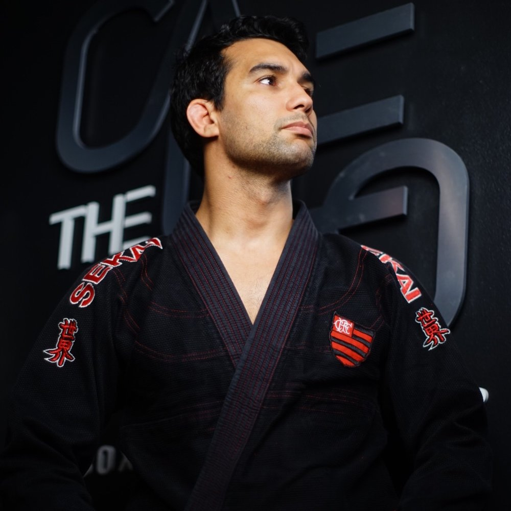 Fran Martins   Black belt under Roberto Cyborg Abreu. Recognized by the IBJJF as a certifies referee due to his extensive knowledge on Jiu-Jitsu rules and experience in all South Florida.