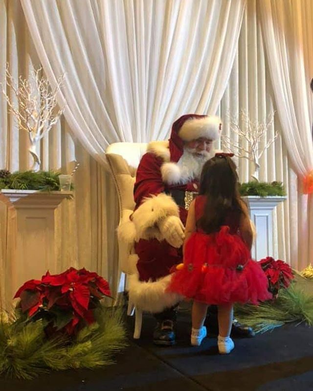 What a great day at the Milk @ Cookies with Santa in support of Sick Kids Foundtion.  A huge thank you to everyone who played a part in making today a success.  @bcatrium  for the beautiful venue @perfectplanners for organizing the entire event @snaptique @cecilia_landers_photography @plushflowers  @heathersinardo  @megan.morgado  @alexandersinardo  @serendipitynco  @thematthewshow  @cassraisig  @tyler.raynham.boss  @lexxo8 & everyone else who may not be on instagram.  Thank you to everyone who joined us for Holiday fun in support of such a good cause. 🎄🎍🎁🎀 #memorableandmagical #santa #sickkidsfoundation #Love #family #charity #bethechange #livingourlegacy