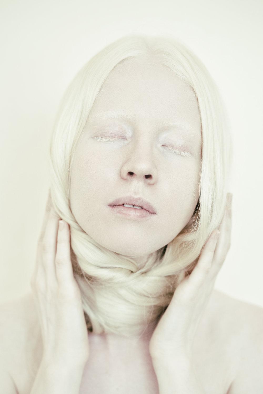ViktoriaAndreeva-Inside silence-1.jpg