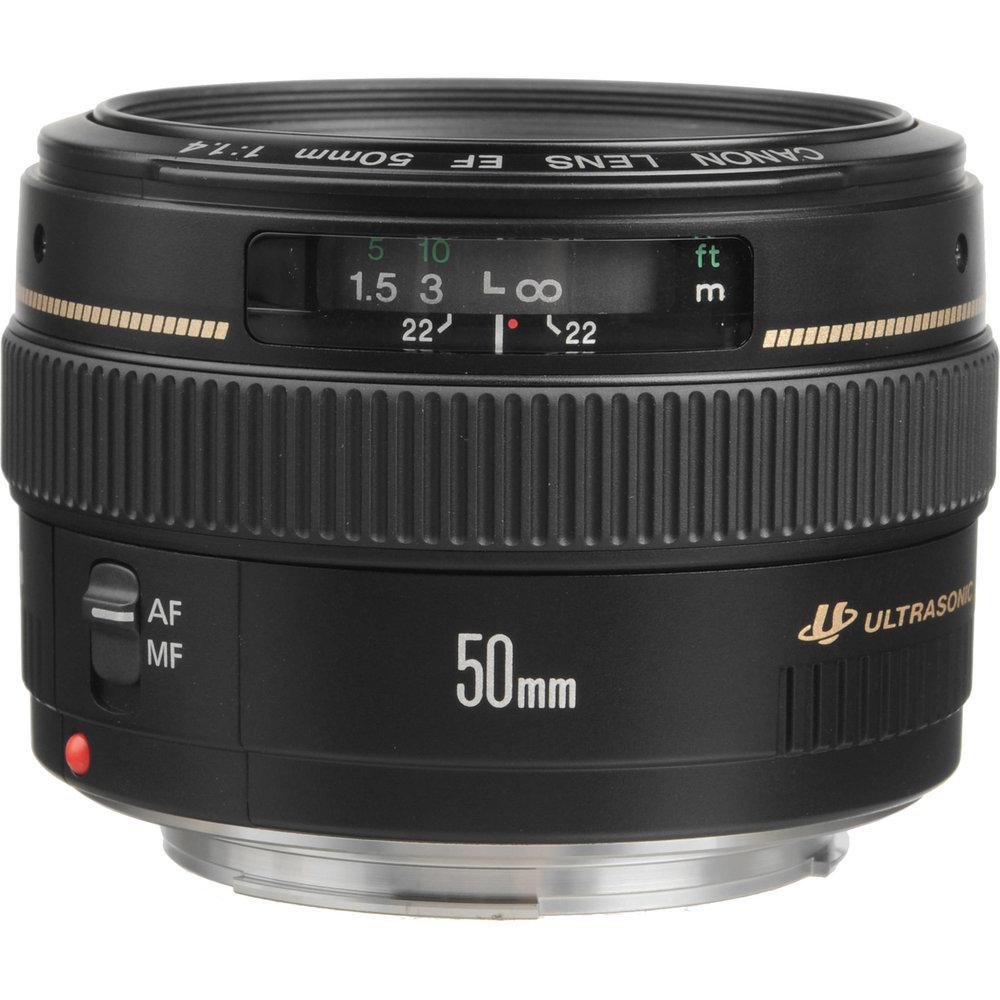 Canon EF 50mm F/1.4 -