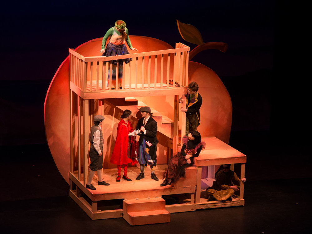 Inside the peach in James and the Giant Peach