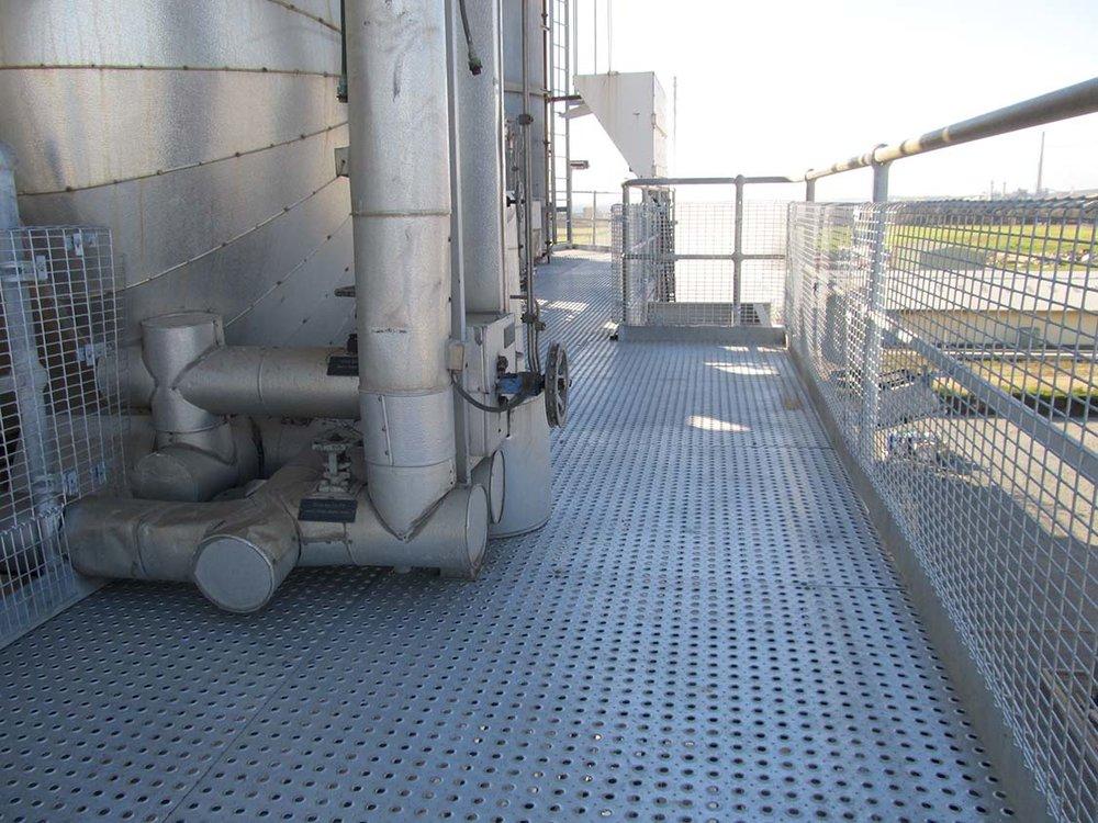 RetroTREAD-Flooring.JPG