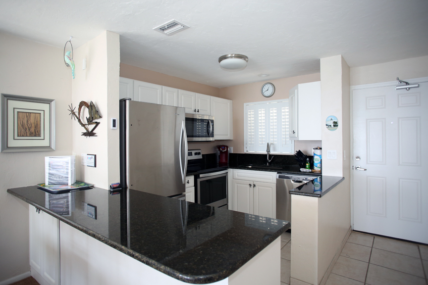 All NEW appliances and Granite counters