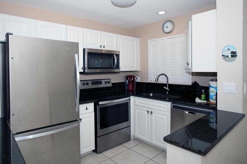 Kitchen Close-web.jpg