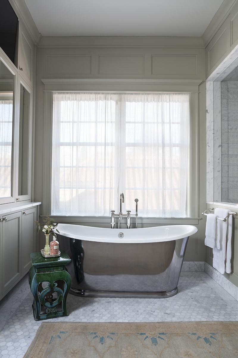 waterworks iron clad free standing bath tub