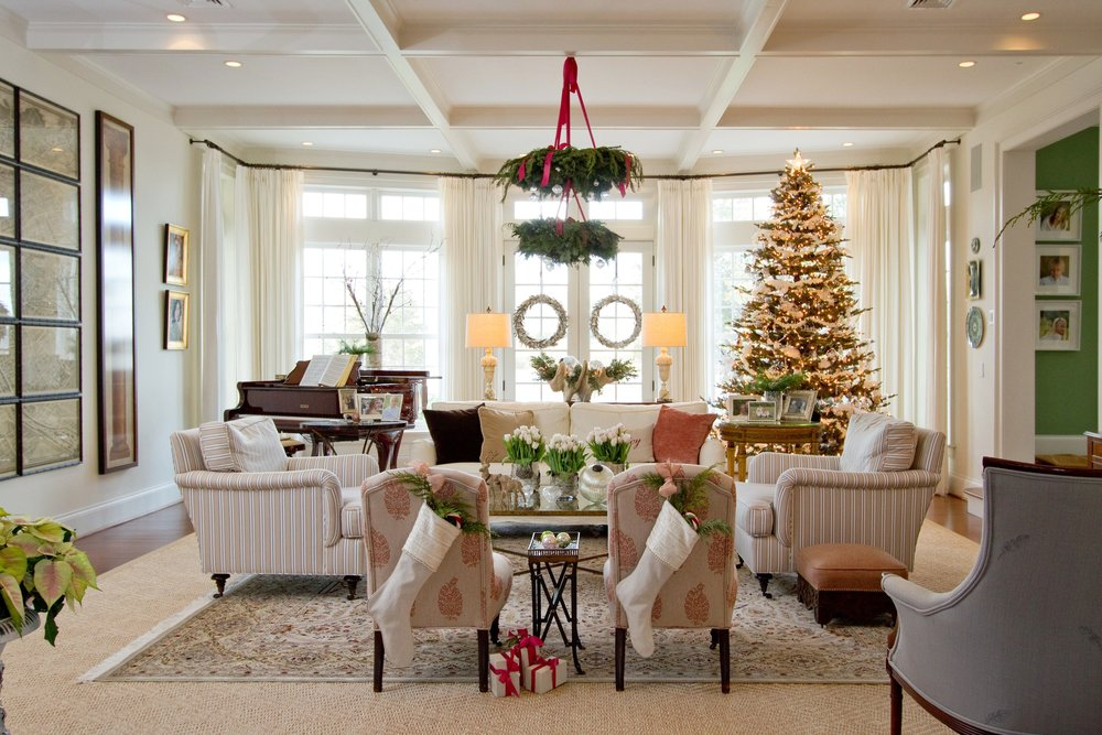 traditional living room white walls, wreath chandelier