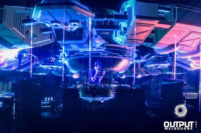Jordan Suckley mid-hologram at Output001. This was my favourite visual to develop, containing audio-reactive lights and a control system that let me fly it around the stage. Rocking out with @ikonix_aus #output001 #madewithnotch #touchdesigner
