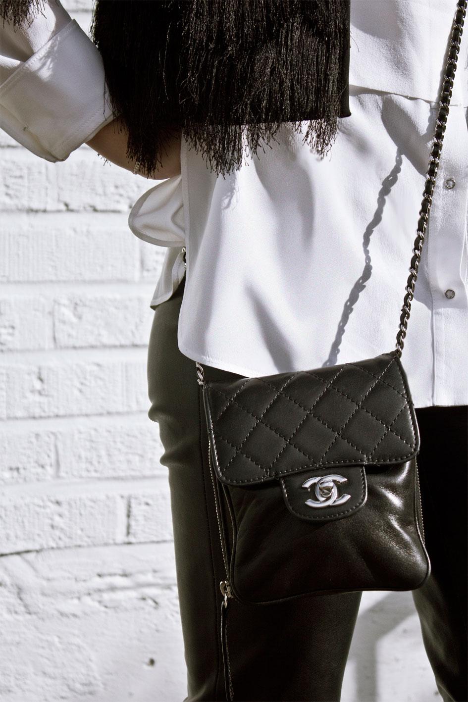 Chanel Black Lambskin Quilted Shoulder Handbag