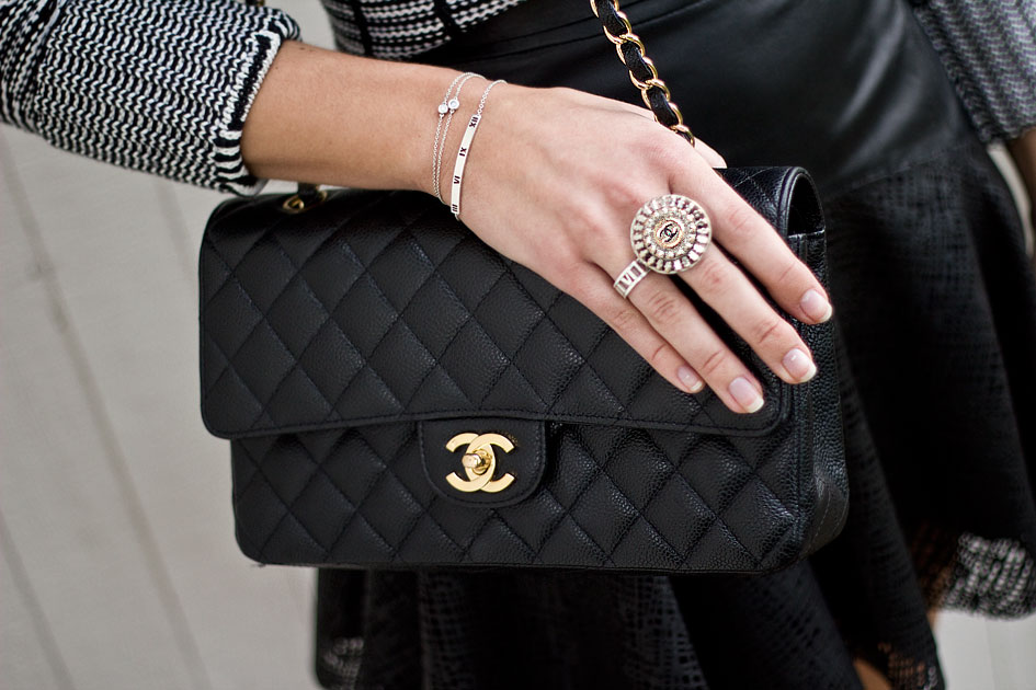Black Quilted Leather Chanel Shoulder bag