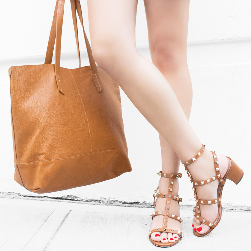 POVERTY FLATS by rian Leather Tote Valentino Rockstud Leather Sandals