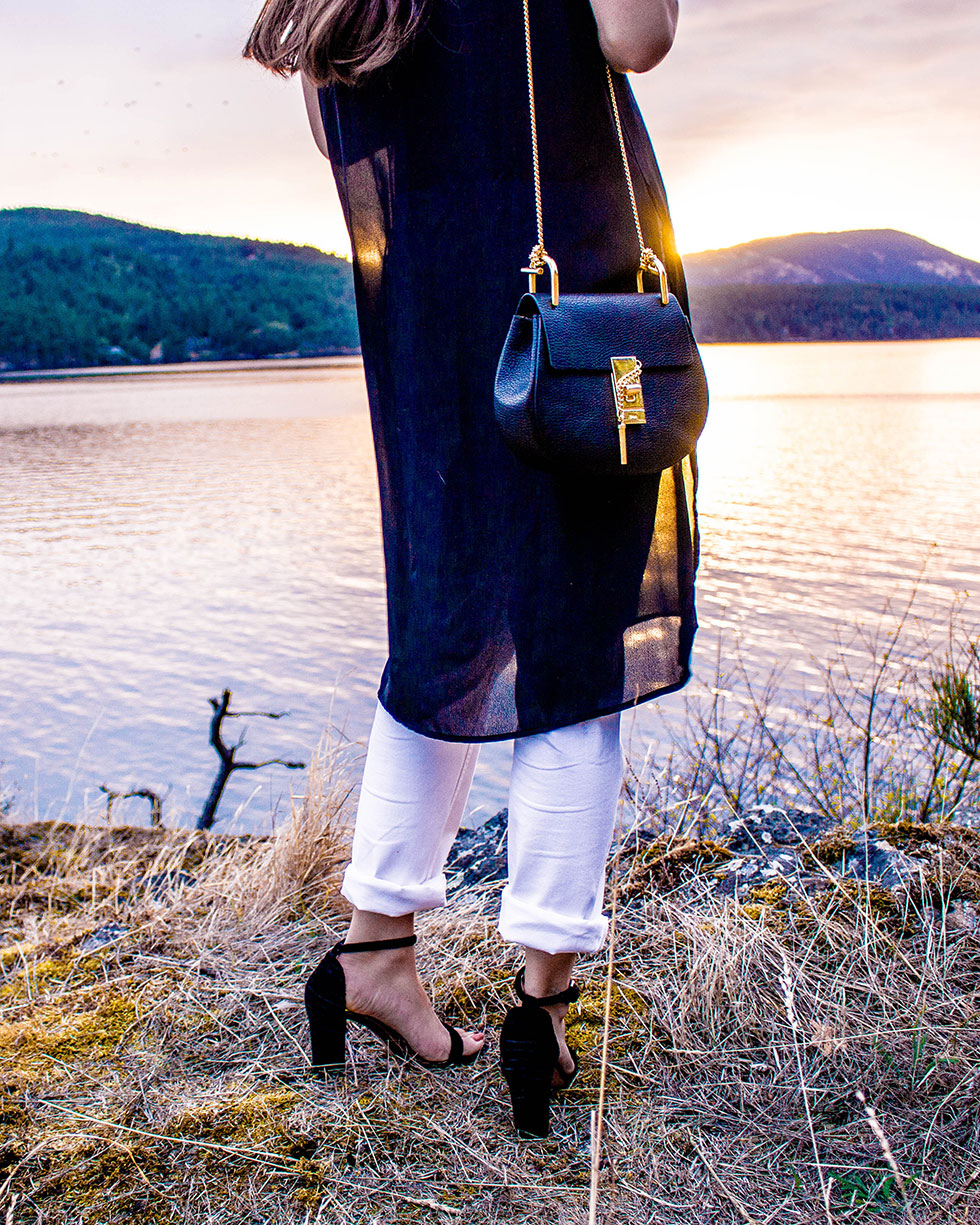 boyfriend jeans and black side-slit tee Outfit San Juan Islands Sunset