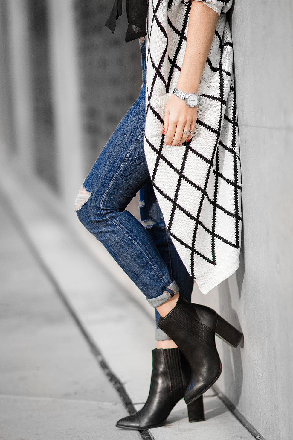 Diamond Pattern Knit Long Cardigan