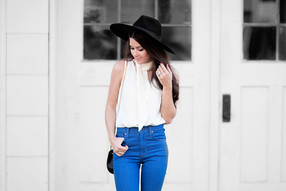 James Jeans High-rise Flared Jeans Fall Outfit Idea