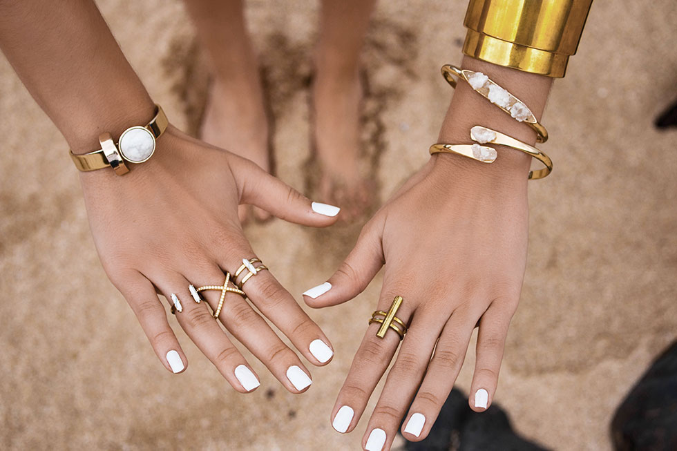 summer beach nails and jewelry