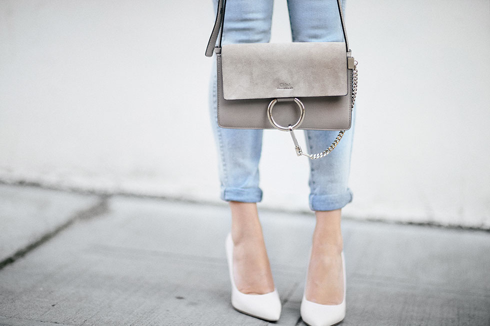 white-top-and-skinny-jeans-summer-outfit-2